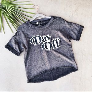 FIT DAY OFF Graphic T Semi Cropped Sweatshirt Top